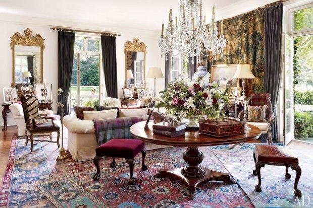 Sala de estar com inspiração vitoriana