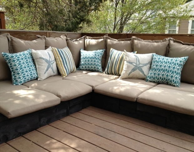 pallet-couches-wooden-pallet-furniture-pallet-sofas